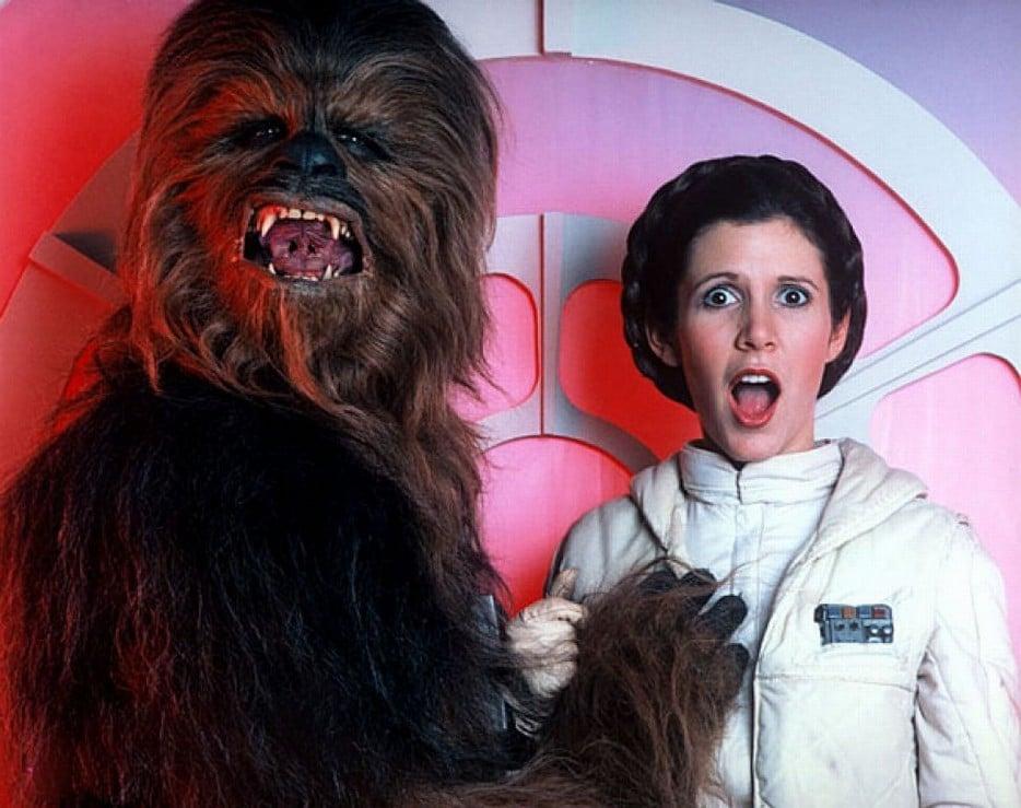 boob-grab-star-wars-carrie-fisher-Chewbacca-princess-leia-hd-934x