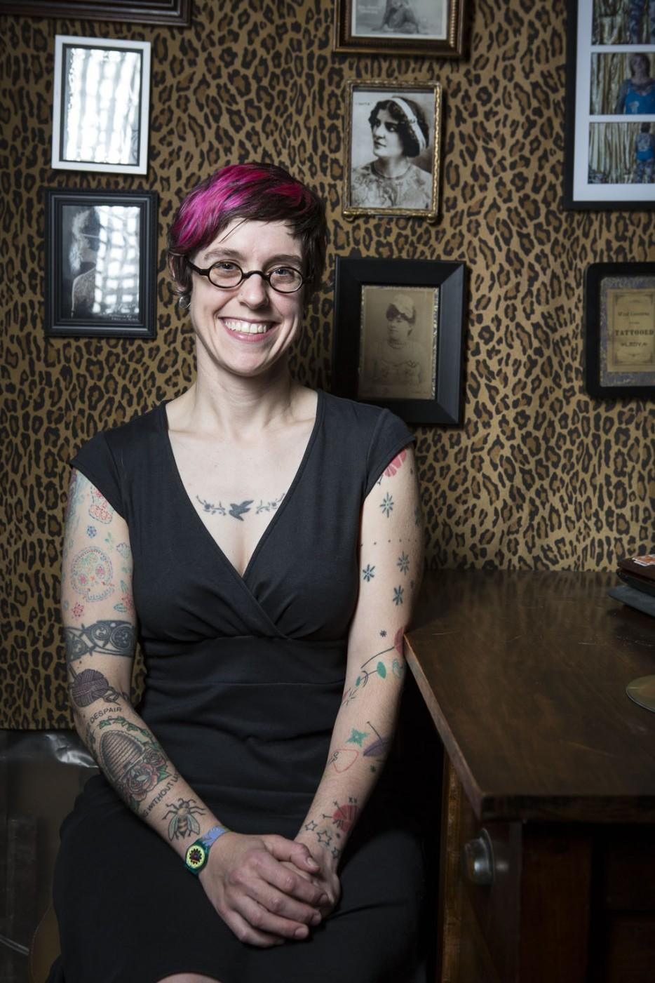 Profesionales con tatuajes 26