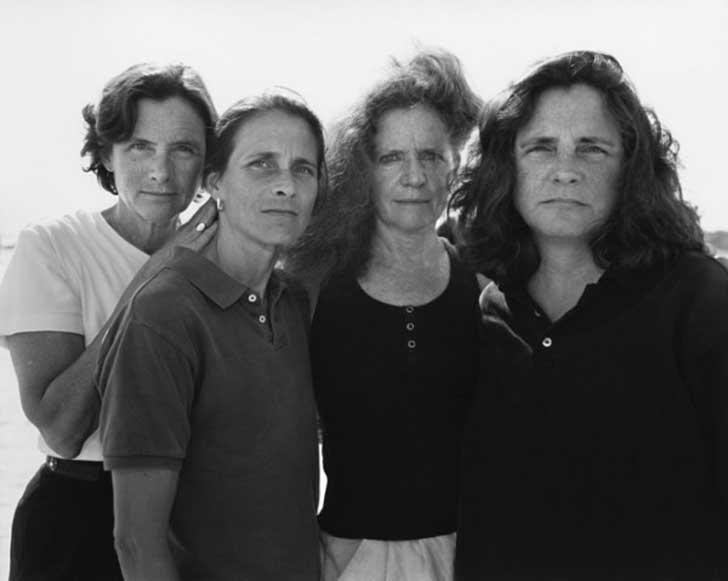 2003fotografia hermanas