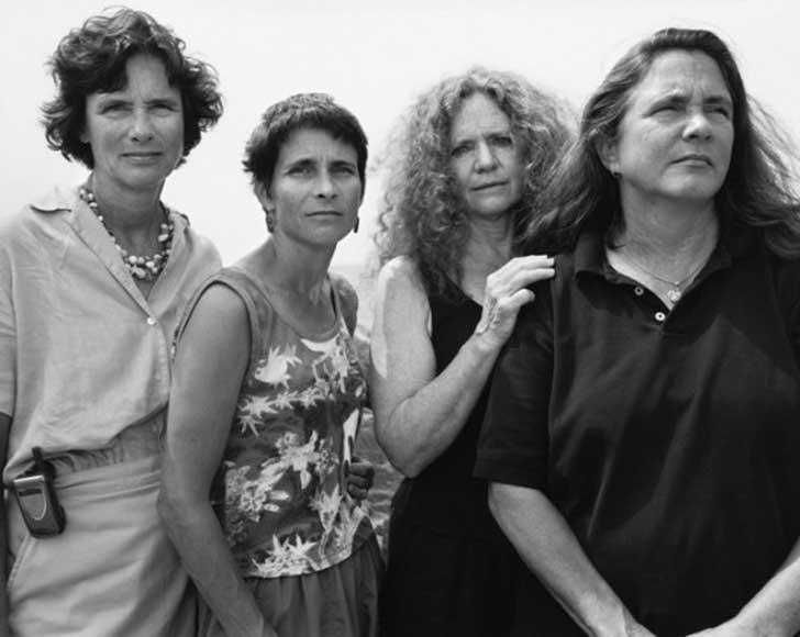 2004fotografia hermanas