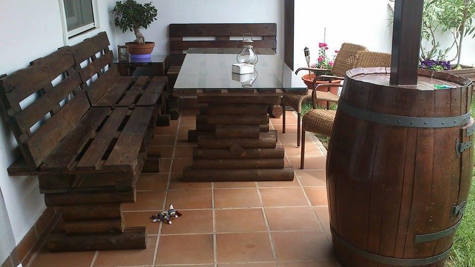 Muebles para toda la casa fabricados reciclando palets - Casa y jardin muebles ...
