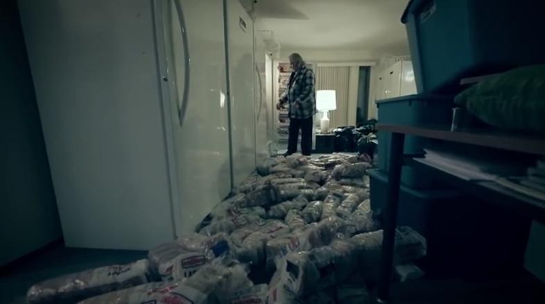 sandwich-man