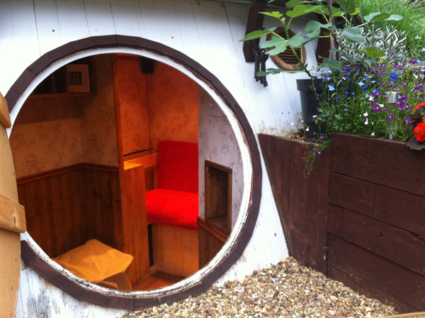casa hobbit 8