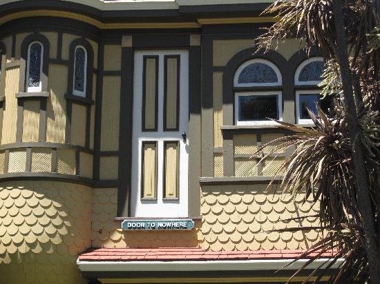 mansion_winchester15