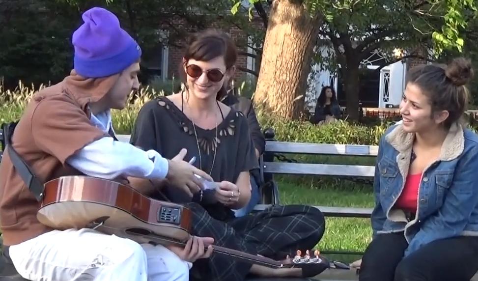 mendigo-liga-guitarra