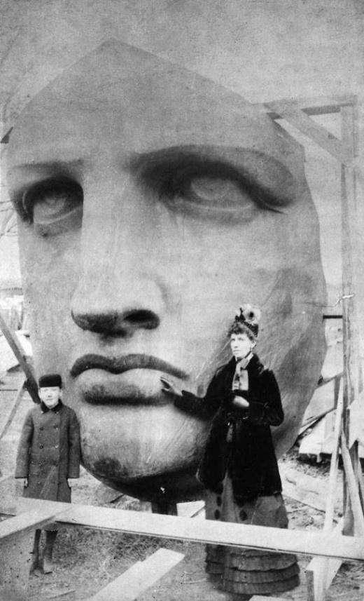 monumentos famosos en construccion 1