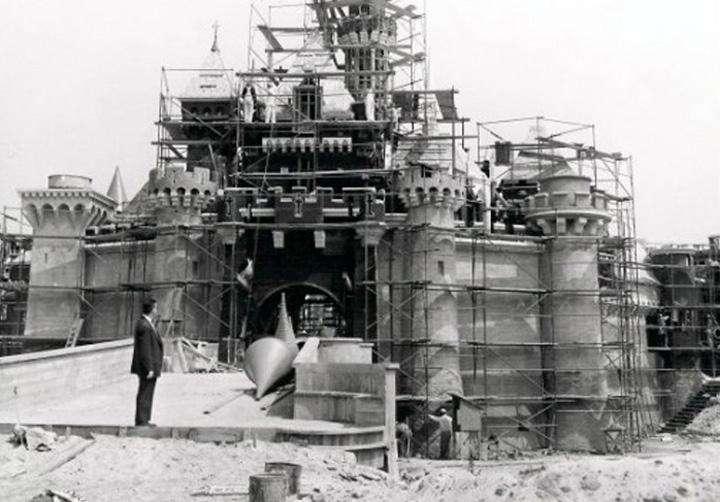 monumentos famosos en construccion 19