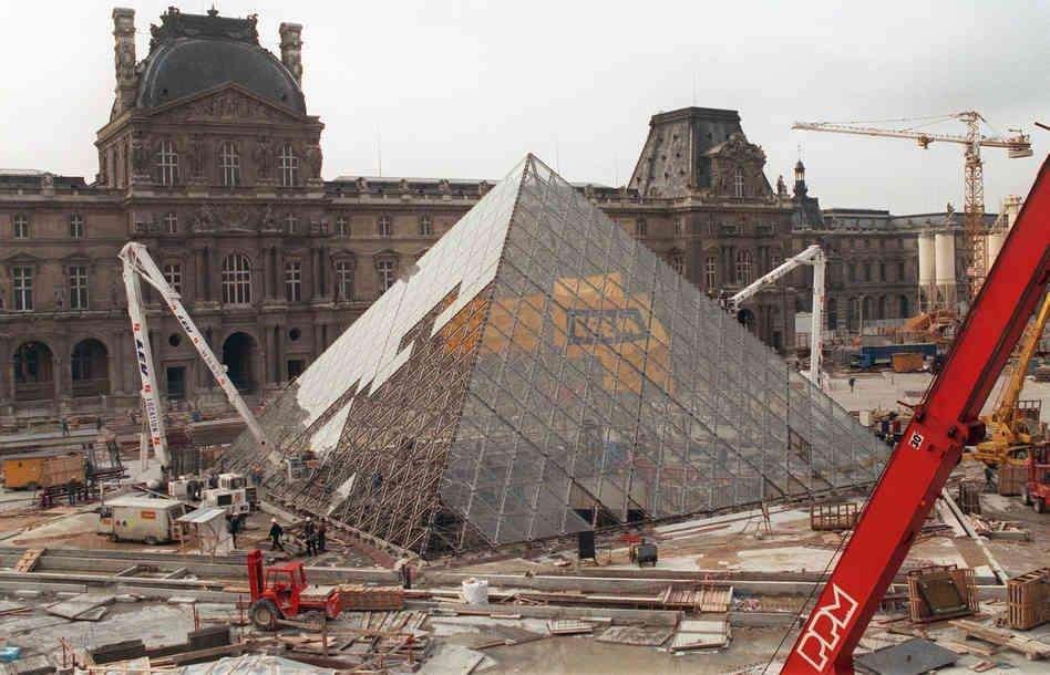 monumentos famosos en construccion 27