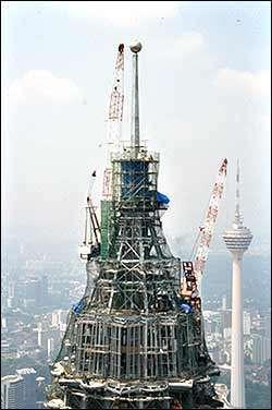 monumentos famosos en construccion 9