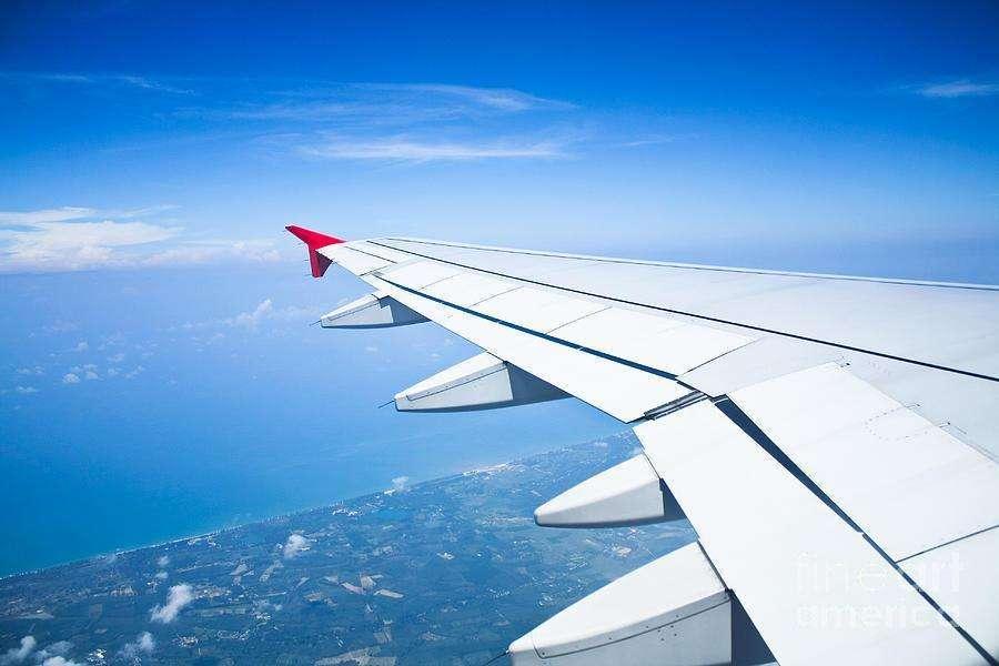 Datos sobre vuelos comerciales 16