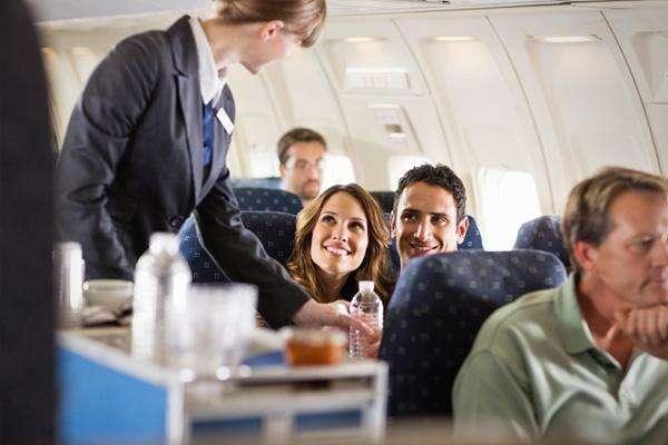 Datos sobre vuelos comerciales 23