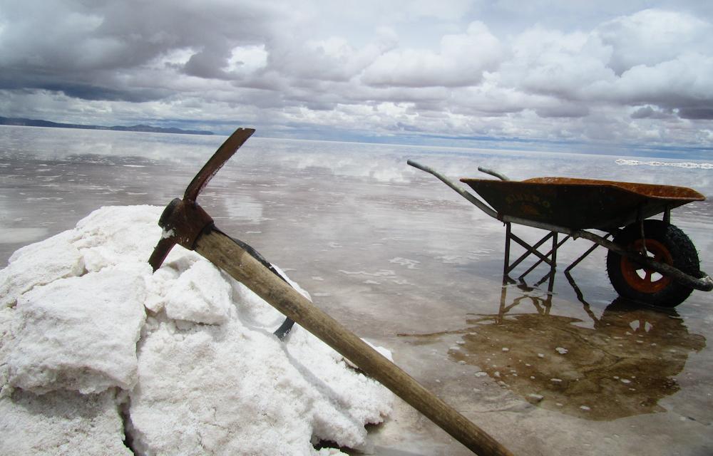 Salar-De-Uyuni-Salt-Flats-in-Bolivia