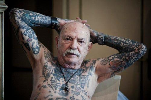 tatuajes_ancianos_12