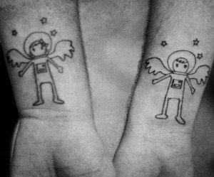 Tatuajes hermanas y hermanos 31
