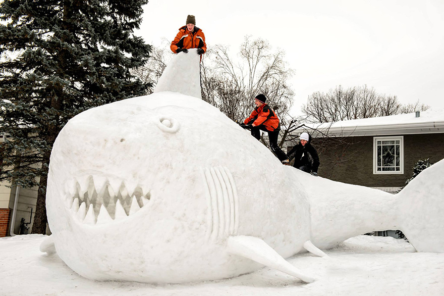 esculturas de nive gigantes 4