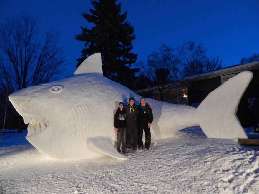 esculturas de nive gigantes 5