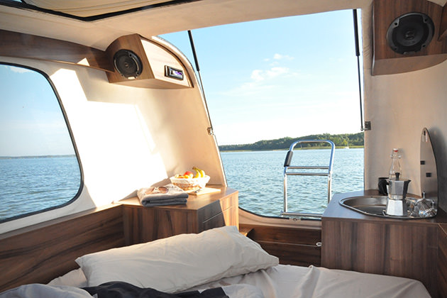 caravana barco 1