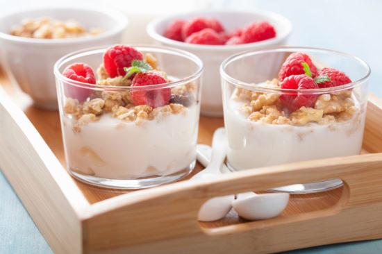 healthy breakfast with yogurt granola and raspberry
