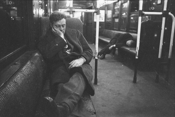 kubrick fotos en  metro 11