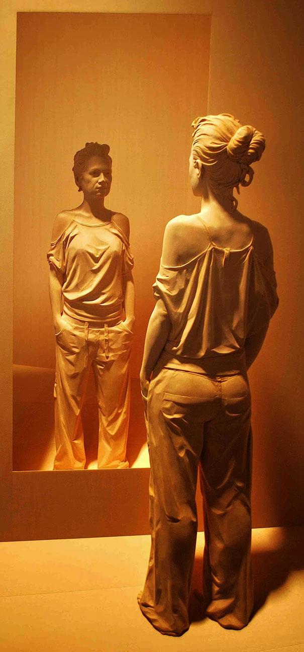 esculturas de madera realistas 1