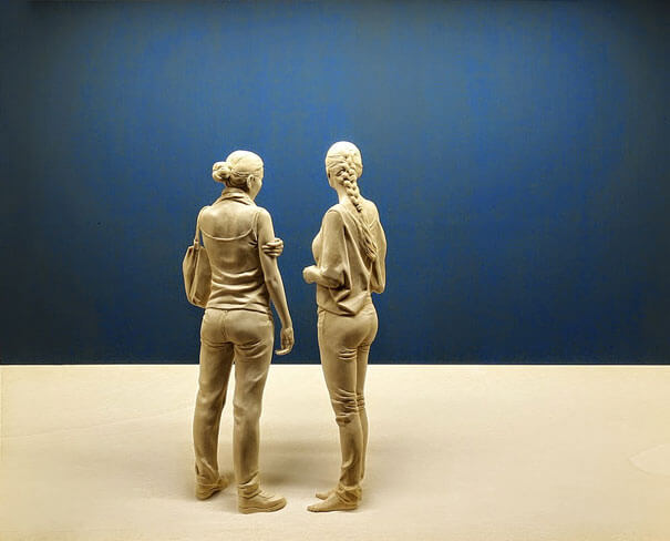 esculturas de madera realistas 11