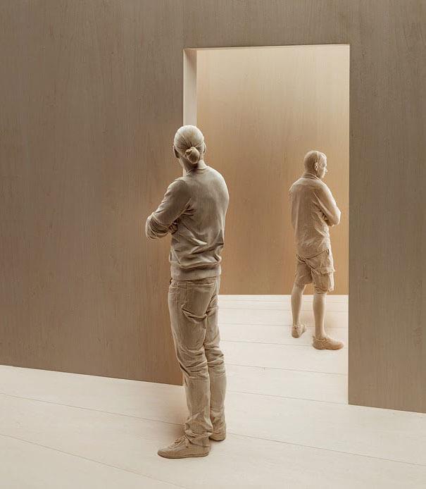esculturas de madera realistas 7