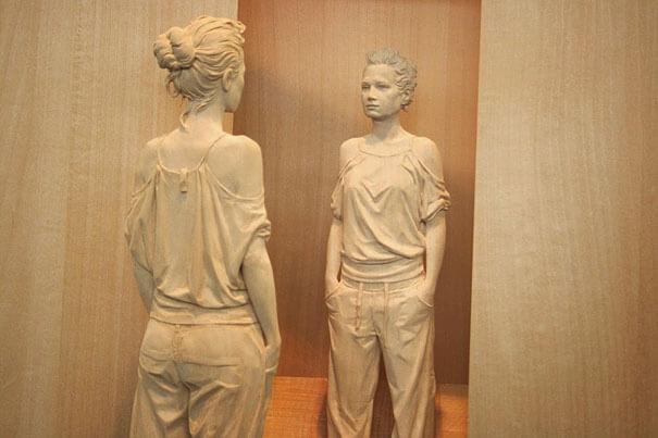 esculturas de madera realistas 8