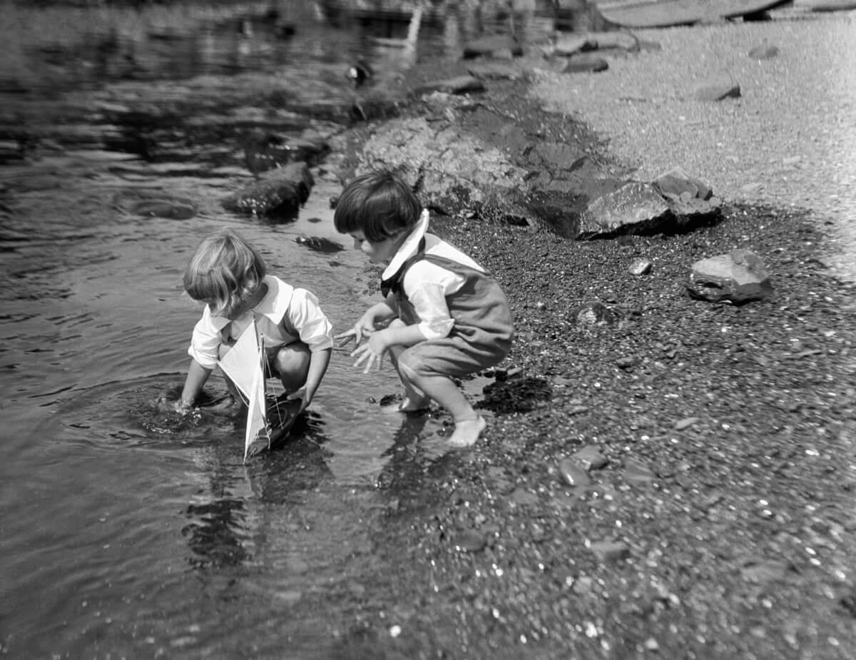 fotos antiguas de juegos infantiles 11