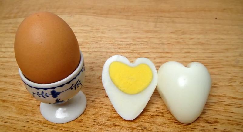 huevo-forma-corazon