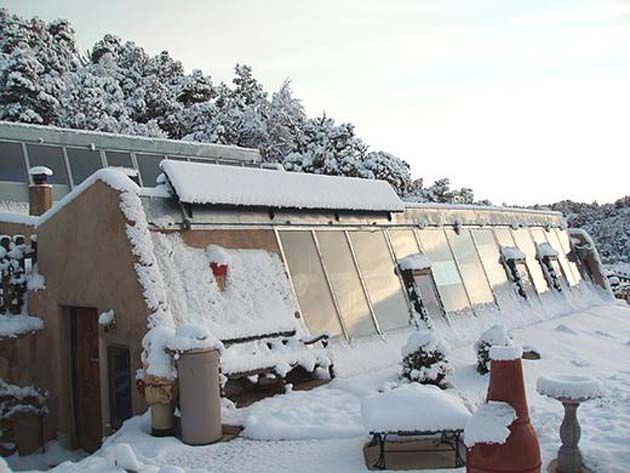 Razones-para-vivir-en-una-Earthship-invierno
