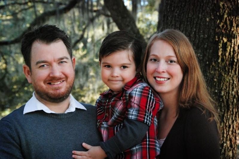 Aquí podemos ver a Sam con su padre, Justin y su madre