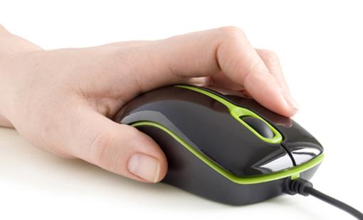 mano con raton