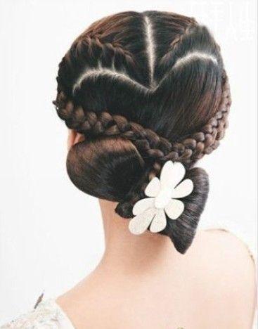 peinados y recogidos impresionantes10