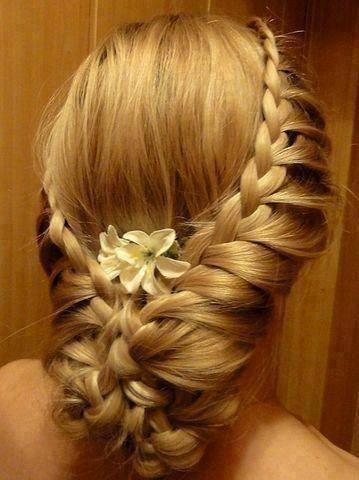 peinados y recogidos impresionantes15