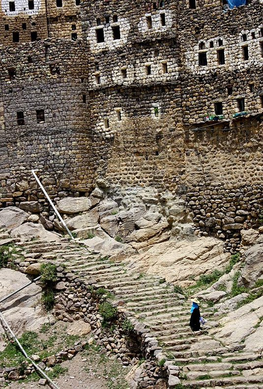 al hajjarah yemen pueblo edificios (11)