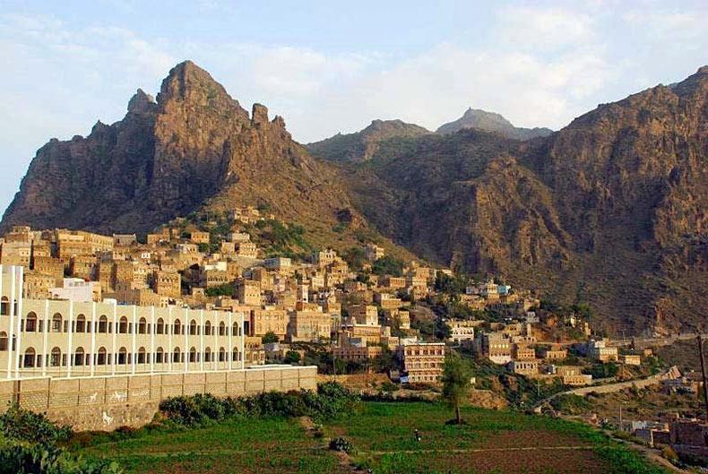 al hajjarah yemen pueblo edificios (3)