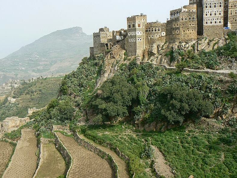 al hajjarah yemen pueblo edificios (5)