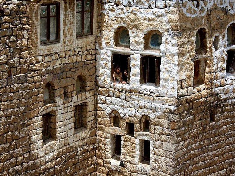 al hajjarah yemen pueblo edificios (6)