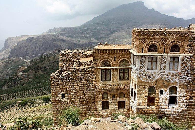 al hajjarah yemen pueblo edificios (9)