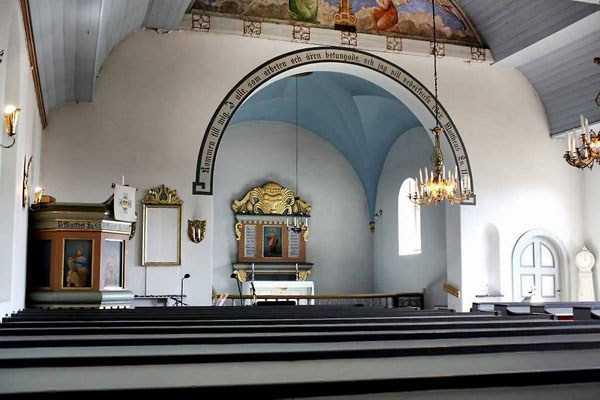 casa en iglesia 2