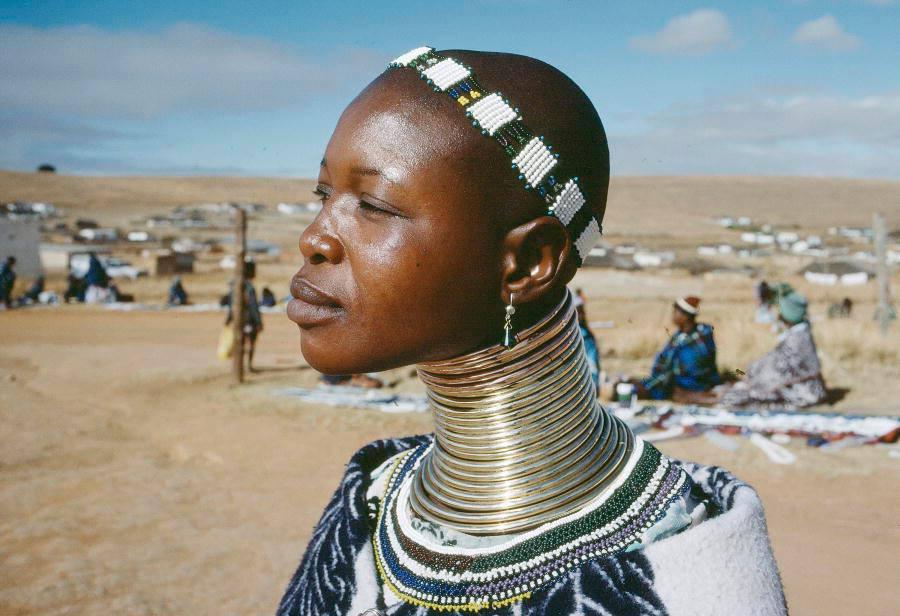 modificacion mujer jirafa 3