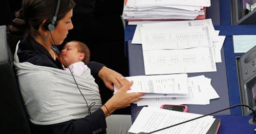 http://lavozdelmuro.net/descubre-cuales-son-los-paises-con-mas-y-menos-mujeres-en-politica-1/
