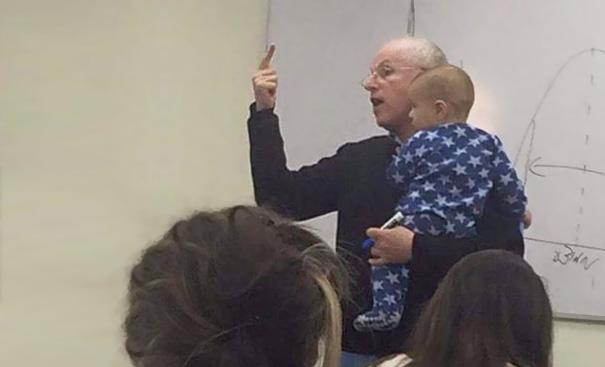 profesor y bebe 3