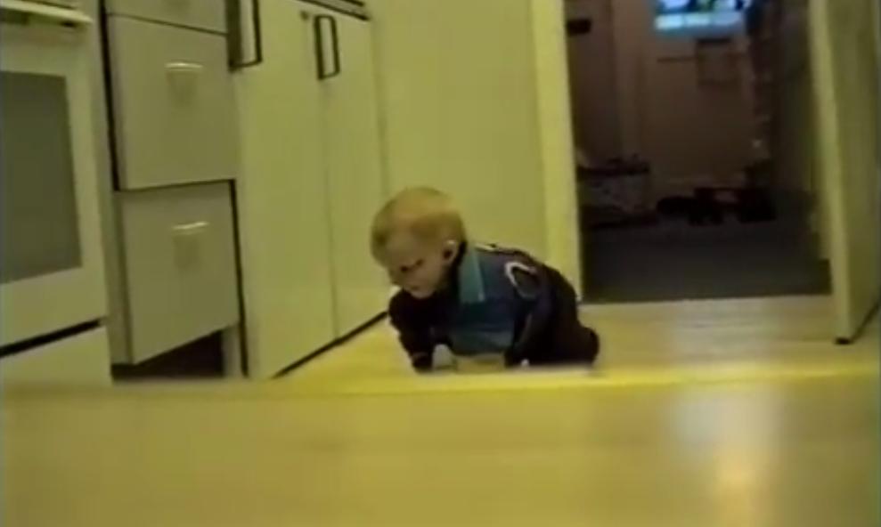 videoclip-nino-creciendo