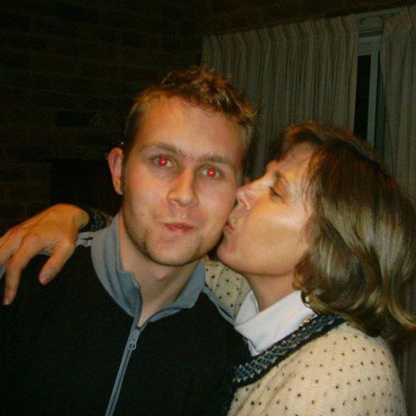 Jack y su madre Jacquie a los 45 años, cuando sin saberlo comenzaba a manifestar los primeros síntomas.