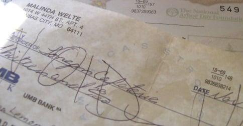 devuelve-cheque
