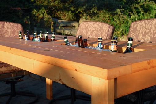 mesa de jardin con cubitera 13