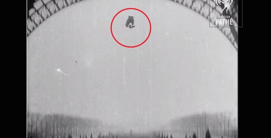 paracaidas torre eiffel 9
