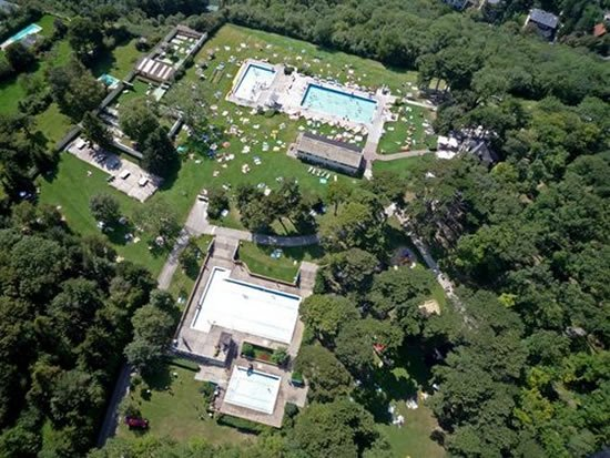 10-piscinas-publicas-espetaculares-mundo-3