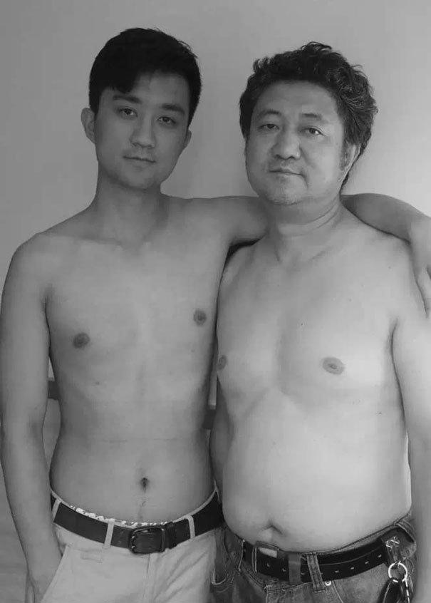 29 años haciendose fotos con su hijo 27